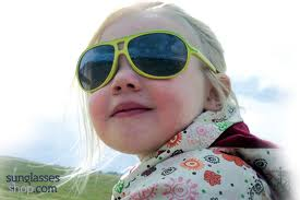 How to Choose Sunglasses for Your Kids